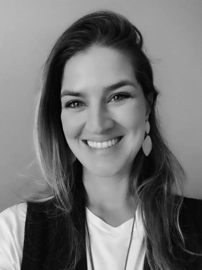 Laura Almeida portrait