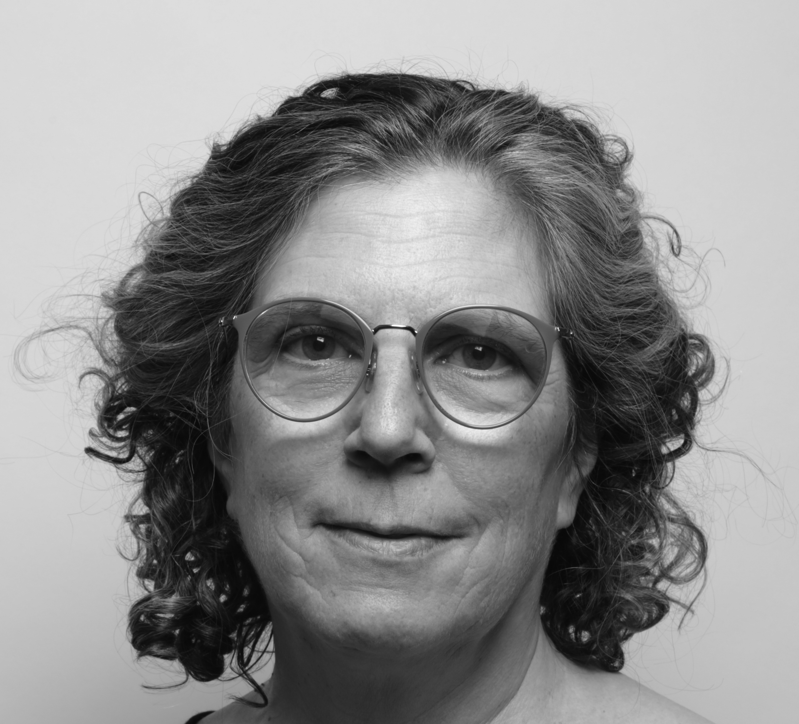 Rachel Weiss portrait
